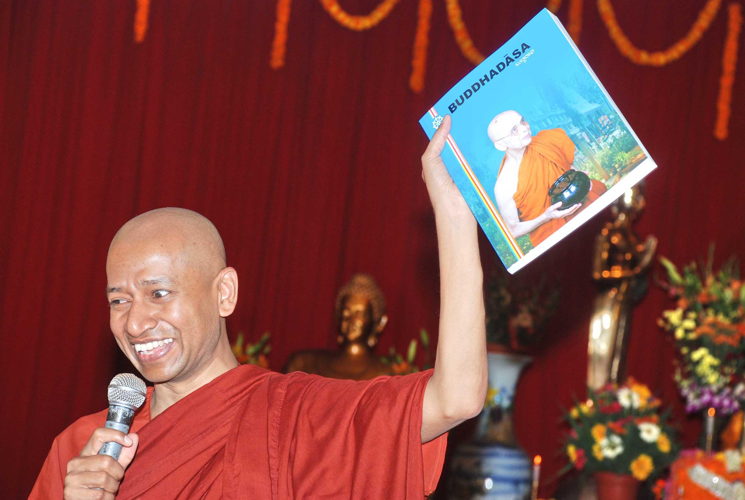 dhammapada-festival-mahabodhi-2011 (23)