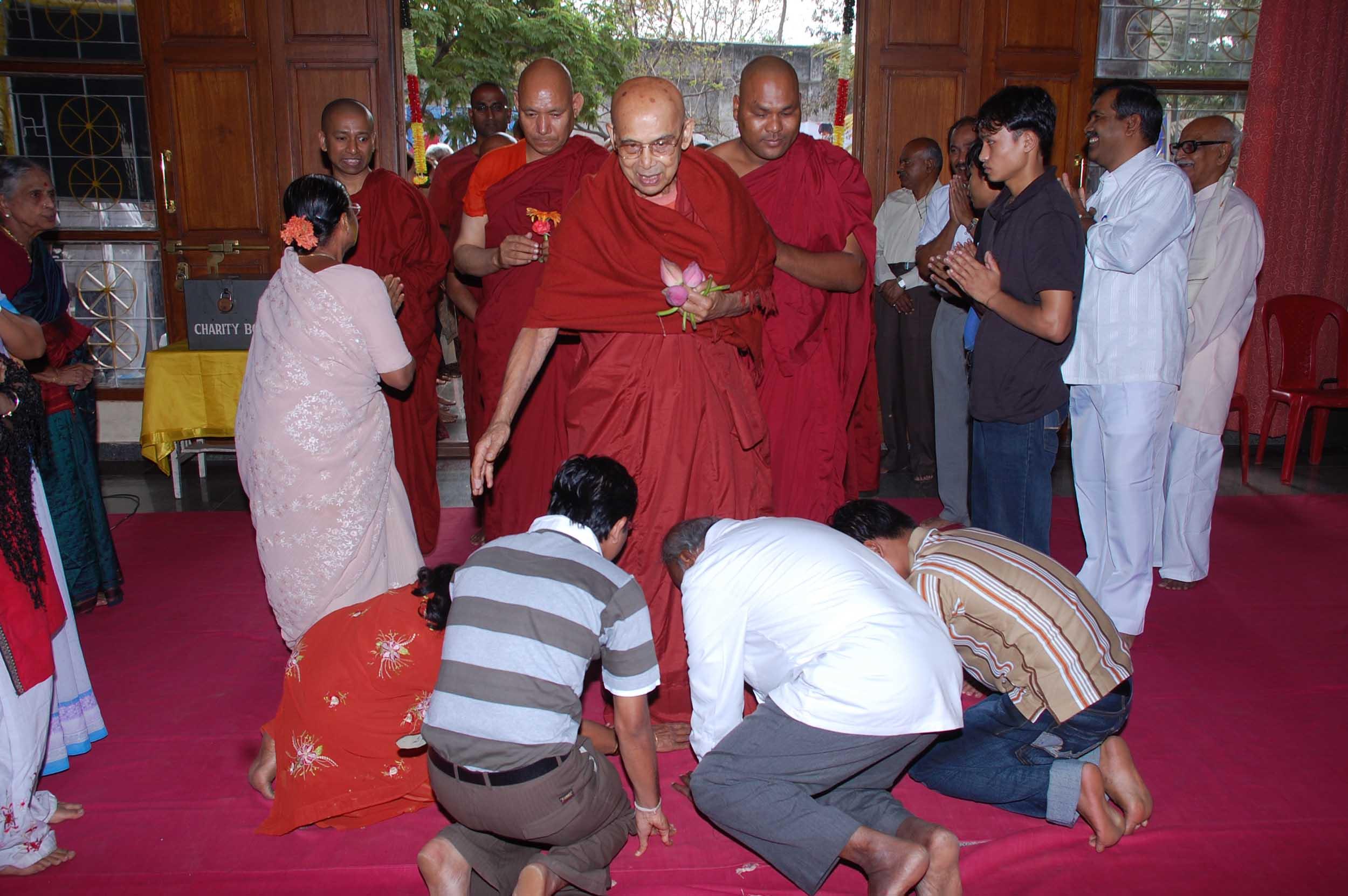 dhammapada-festival-mahabodhi-blr-2009 (15)