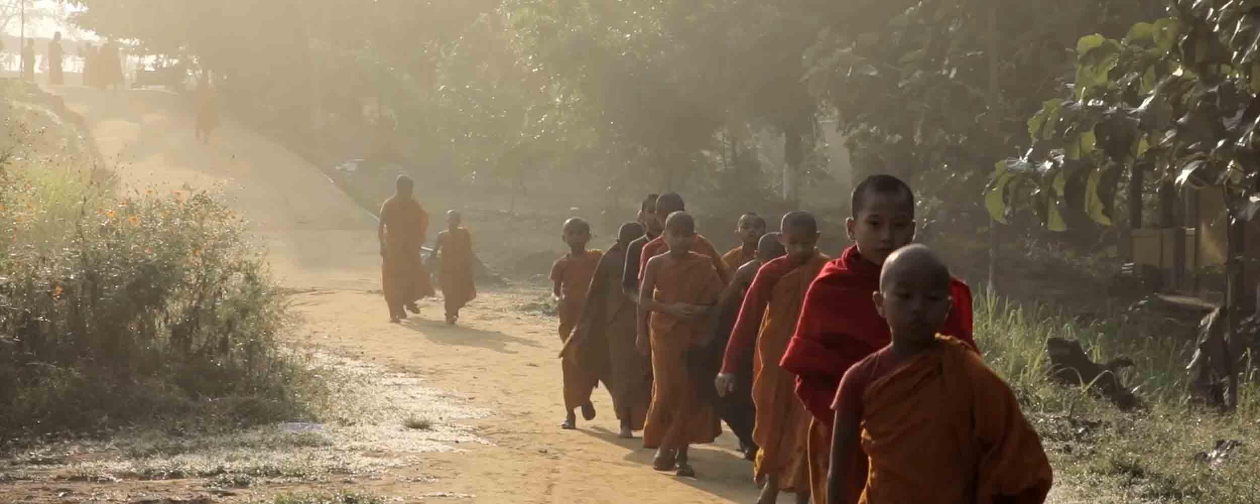 mahabodhi-chichingchera-monk-2