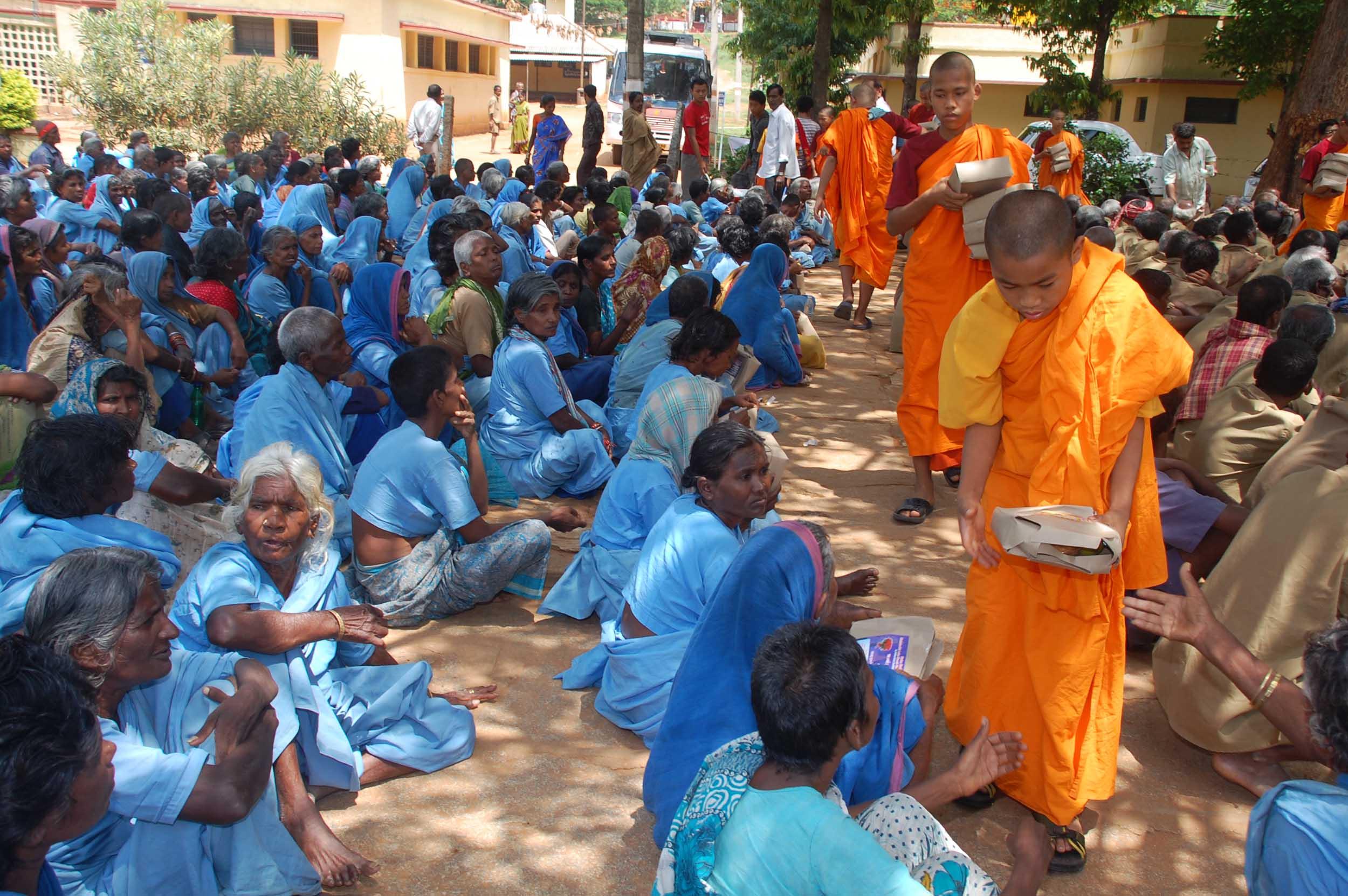 vesakha-buddha-jayanti-mahabodh-blr-2010 (27)